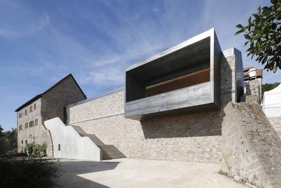 Preisträger artouro 2019: Einblick und Ausblick — Eine Burg für die Bürger, Schlicht Lamprecht Schröder Architekten, Stadt Röttingen, © Stefan Meyer, Berlin/Nürnberg