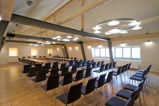KASEL Innenarchitekten Bürgersaal Konferenzraumplanung