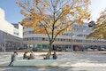 Mittagspause auf dem L-Fritz-Gruber-Platz