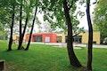 Außenspielflächen mit Baumbestand