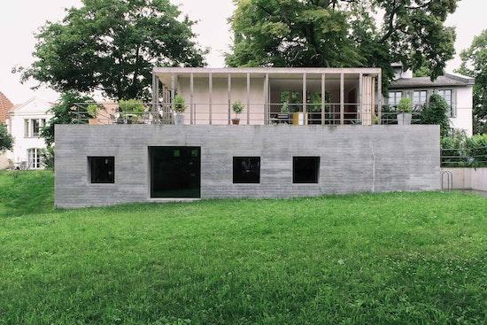 Auszeichnung in Gold | Wohnungsbau / Einfamilienhäuser: Haus am See, Jurek Brüggen Architekten, KOSA Kopp Sailer Architekten, © Jurek Brüggen