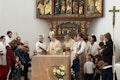 Altarweihe bei der Wiedereröffnung