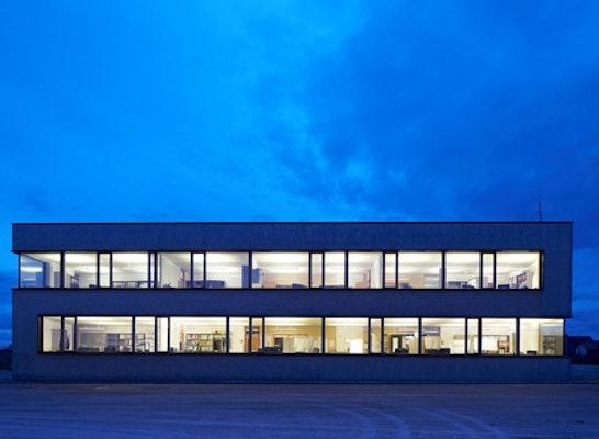 Auszeichnung Kategorie Gewerbe und Industrie: Neubau eines Bürogebäudes, Blaustein-Dietingen