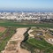Hiriya Landfill vor der Skyline von Tel Aviv 2016