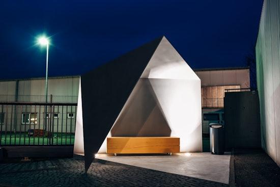 Auszeichnung: Personal- und Aufenthaltsbereich | Unterstand Euronics Tuttlingen, Muffler Architekten, © Muffler Architekten