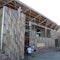 Dank einer Förderung der Sto-Stiftung im summerschool-Wettbewerb 2015 kann im Township Langa in Südafrikas Metropole das Kulturzentrum Guga S´Thebe zu Ende gebaut werden. Studierende aus fünf Universitäten errichten hier ein Theater.