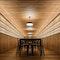 Im neuen Eichensaal schafft ein Kunstwerk aus über 1500 Weinflaschen eine erhabene Stimmung