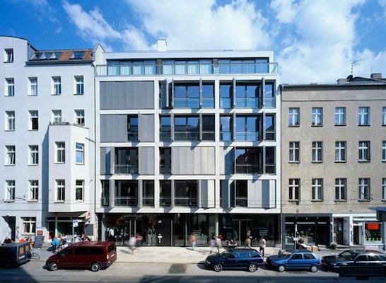 Wohn- und Geschäftshaus Alte Schönhauser Str., Berlin