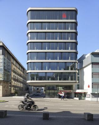 Turm Kreissparkasse Straßenansicht