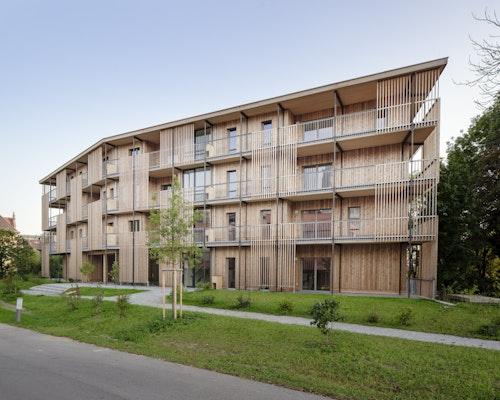 PREIS / KATEGORIE: MEHRGESCHOSSIGE WOHNBAUTEN: Wohnbau Max-Mell-Allee, Nussmüller Architekten ZT GmbH, © Simon Oberhofer