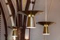Lampen im Kirchenraum
