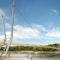 Rheinsteg vom Ufer