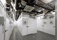 Die Mesokosmenhalle mit Klimakammern