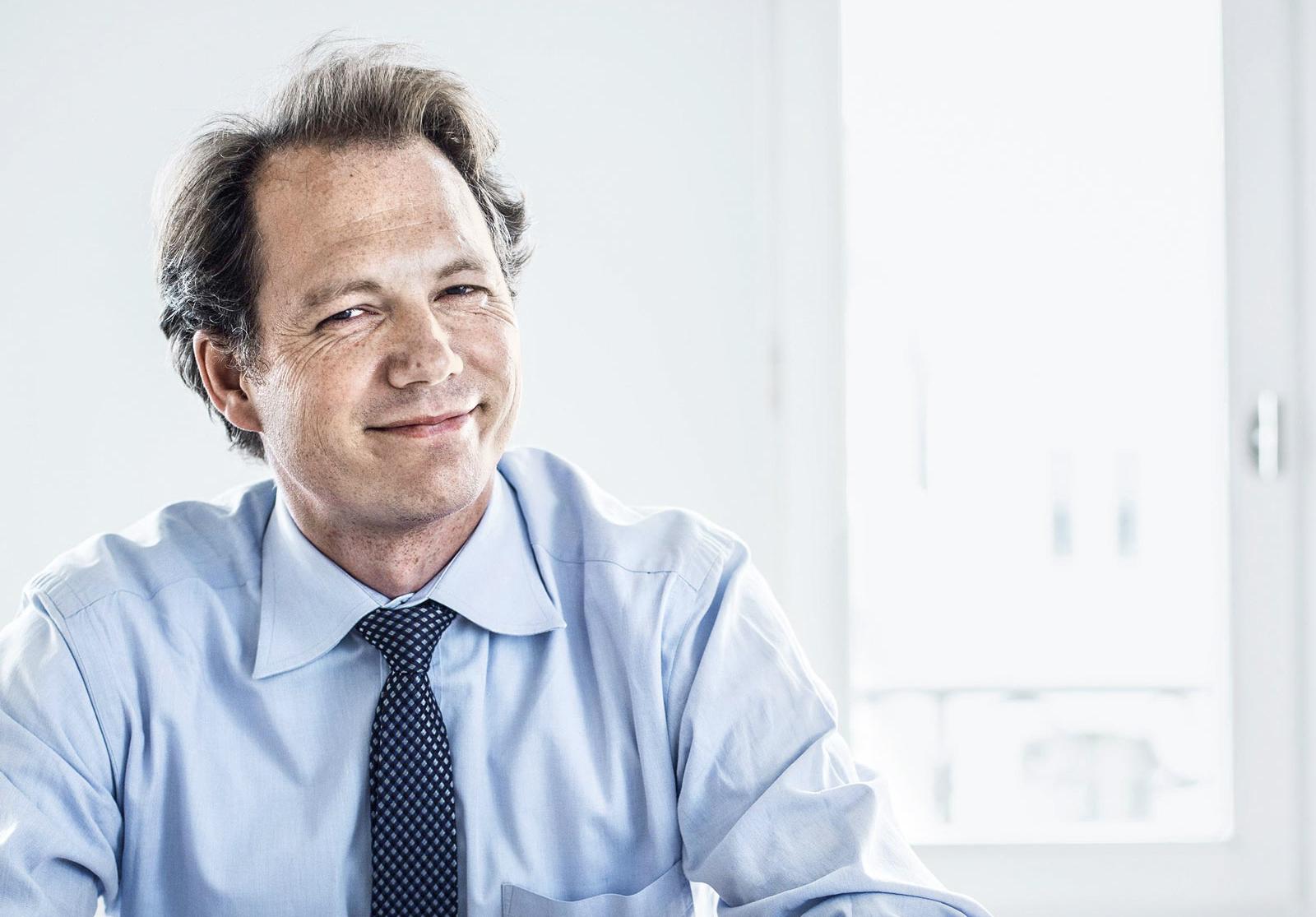 Zukunftsforscher Andreas Steinle empfiehlt die Stärkung von digitalen und sozialen Kompetenzen.